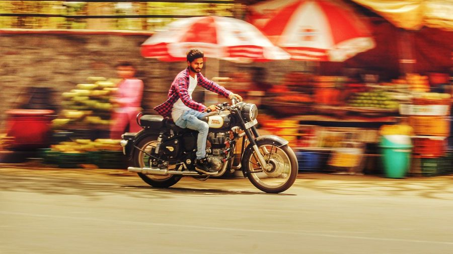 Speed motion - Abshine photography Canon Canon1200d Speed_motion Abshine_photography Delhidiaries City Full Length Motion Women Motorcycle Speed Riding Defocused Blurred Motion Cycling Rickshaw Taxi Motorized Vehicle Riding Motorcycle Racing Motorsport High Street