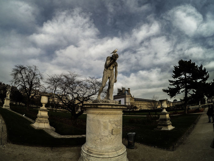Poor Statue, shat by a bird... Bird Jardin Des Tuileries Outdoors Paris Sculpture ShitJustGotREAL Sky And Clouds Statue