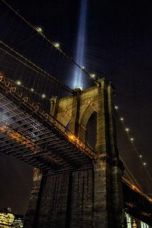 Tribute In Light Brooklynbridge