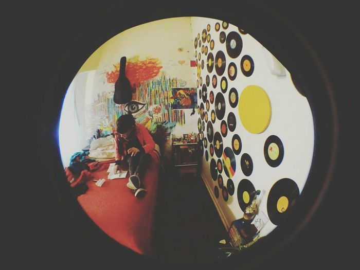 Mafia Beba♡♥ Taking Photos Color Photography My Home ▼ Fatality Haunting Girls▲ Mafia Beba ♥♡ Bebaxtasy☆ Enjoying Life Possessed By You◇ That's Me Detras, Un Dibujo Discosdevinil Discos Vinilos Relaxing Check This Out Mi Habitacion My Room