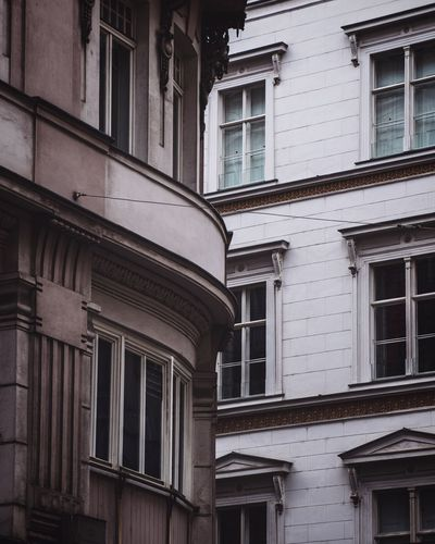 EyeEm Best Shots EyeEmNewHere Built Structure Architecture Building Exterior Window Building No People Low Angle View Outdoors Day Old