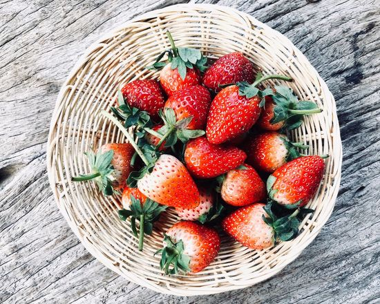 Strawberries in basket Wooden Wood Farm Eat Fresh Freshness Strawberry Healthy Food Healthy Eating Healthy Wicker Basket Picnic Basket Picnic Whicker Shopping Basket Red Food Summer Bamboo - Material Freshness Directly Above No People Fruit Healthy Eating Multi Colored Close-up Nature