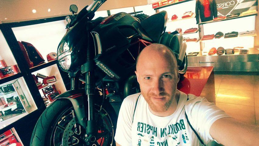 Selfie Time @ Ducati caffè in Rome