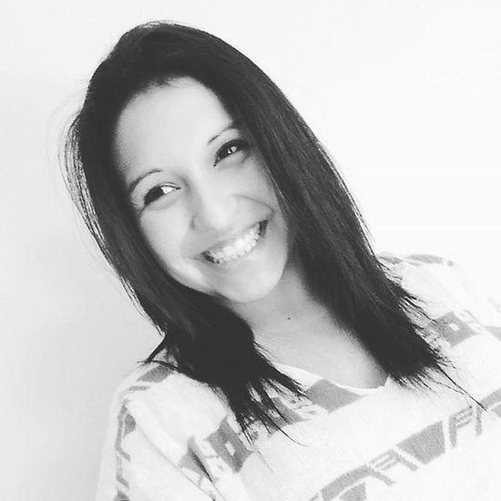Si sonríes a alguien, podría devolverte la sonrisa 😊 Bigsmile Happy NewLook Sonrie lalala instagood 😘🌞