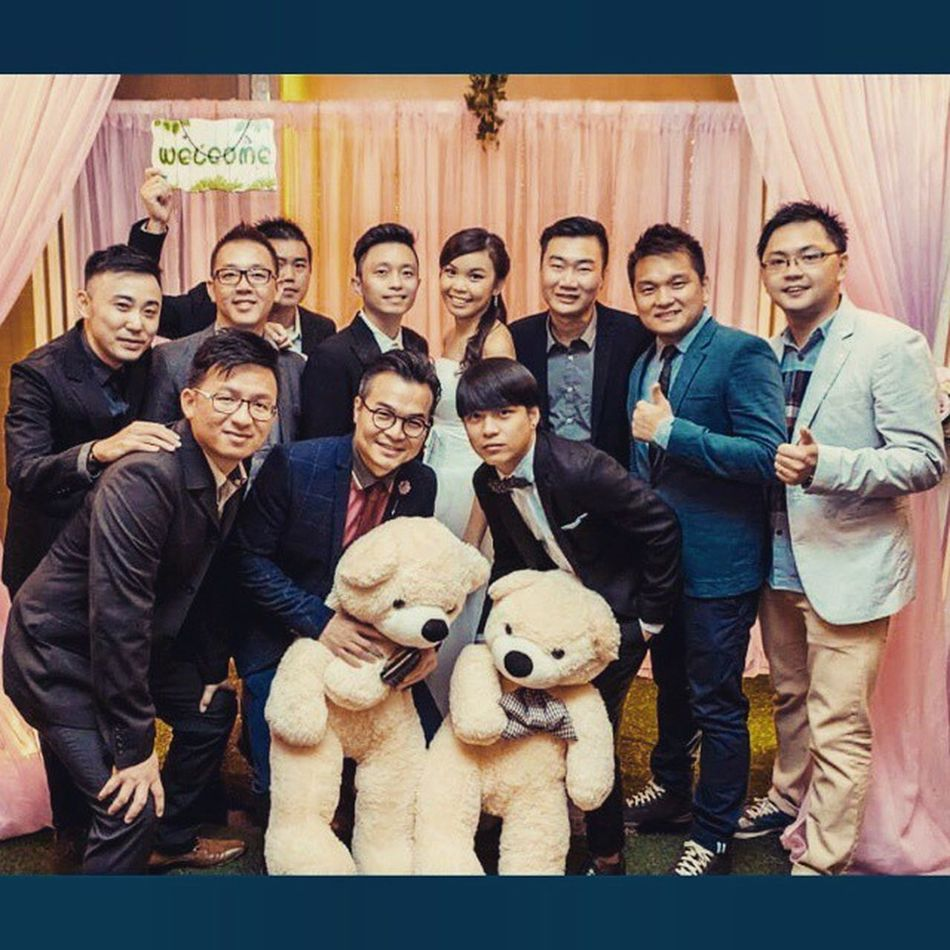 Throwback Buddy wedding, also a great gathering for us. Lovely. Buddy Weddingdinner Gathering friends friendship buddies suitup mensinspo menstyle mensfashionpost mensfashion MensWear mrwithstyle