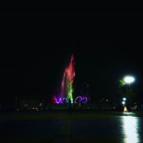 Splash of colors... yes? Shutterbug Fountain Quezoncity Philippines Colors