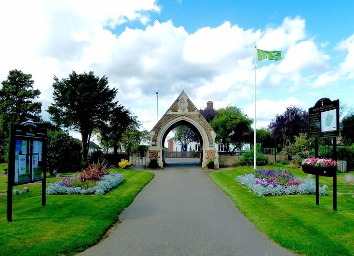 Cemetery Plants And Flowers Vandyke Cemetery Leighton Buzzard Anglia In Bloom Green Flag Award