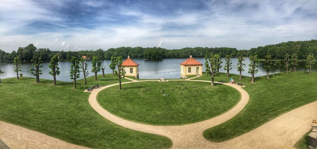 Schlosspark Moritzburg Plant Architecture Sky Cloud - Sky Built Structure Green Color Nature Water Grass Tree Beauty In Nature Park