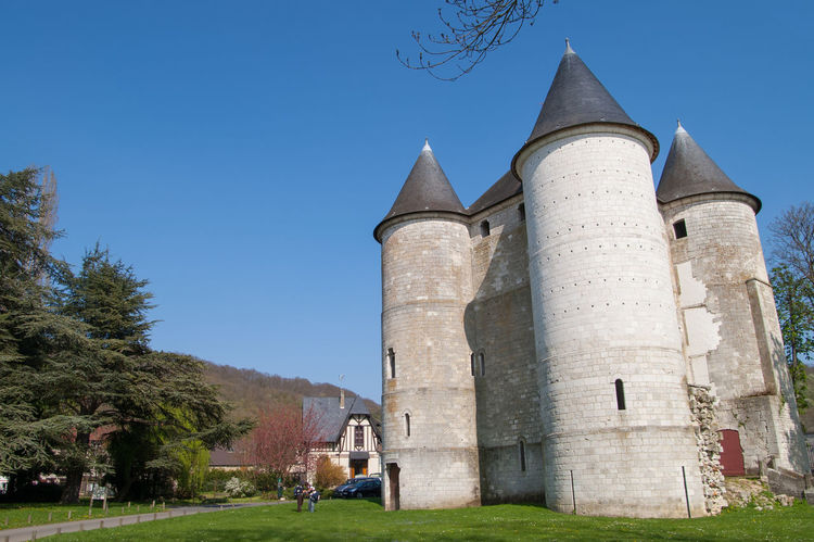 The Beautiful And Historical Tourelles Castle Which Built In 1196 By Philippe Augustus. It Was A Bridgehead Meant To Defend The Town Of Vernon Located On The Border Of The Duchy Of Normandy. Architecture Building Exterior Built Structure Clear Sky Day France Giverny Grass History Nature No People Outdoors Paris Sky Tree Vernon