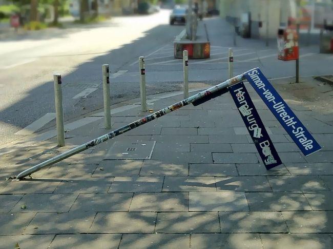 Hamburg St. Pauli Reeperbahn  Destruction Destroyed Signs Streetphotography Blur First Eyeem Photo Jopesfotos - Urban