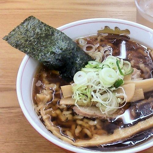 約2年ぶりの新庄の龍横健。僕が入店した時点で既に麺が残りあと3玉だと言われ愕然。