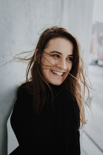 International Women's Day 2019 Portrait One Person Smiling Looking At Camera Young Adult Happiness Emotion Front View Hair Long Hair Headshot Women Young Women Adult Indoors  Brown Hair Beautiful Woman Beauty Human Hair Natürlich Laughing Leichtigkeit Happy Face The Portraitist - 2019 EyeEm Awards
