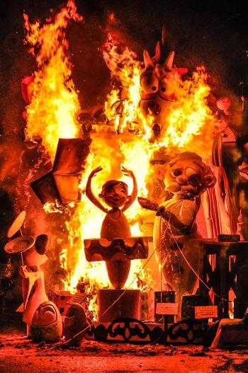 Cremá en Fallas Elda Fallas Falla Hoguera Hogueras Carton Paperboard Madera Wood Wood - Material Fiestas Tradicionales Holydays Fire Flame Burning Heat - Temperature Night No People Sculpture Art And Craft Statue Crema Bailarina Dancer Tutu Tutudress