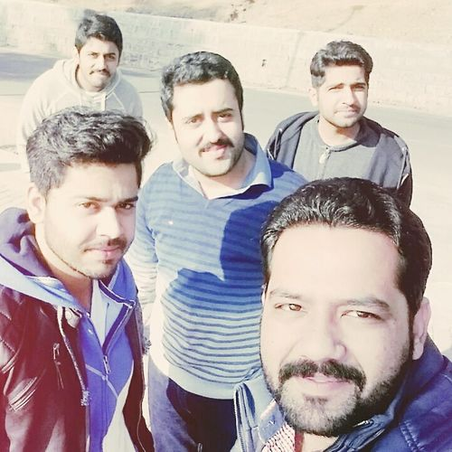 Gettogether Triptomurree Tripwithfriends Lifestyles Lifewithfriends Luxurylife Modern Bestlifeever Casual Clothing Enjoying Friends Today's Hot Look Youmeanteverythingtome Relaxing