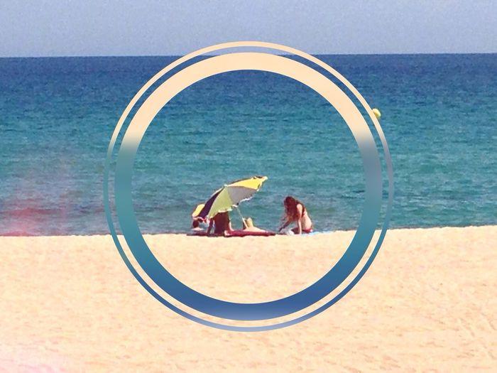 L'estiu es el permís anual per gaudir del no fer res, estirat a la sorra de la platja escoltant les ones del mar o be fent un recompte d'estels a la terrassa de casa. Espero que l'estiu que ara comença sigui MOLT FELIÇ per tots vosaltres. ——— The summer is the annual permission to enjoy doing nothing, lying in the sand on the beach listening to the waves or by counting stars on the terrace of your house. I wish you HAPPY SUMMER for everybody. -—— El verano es el permiso anual para disfrutar no haciendo nada, tumbado en la arena de la playa escuchando las olas del mar o bien haciendo un recuento de estrellas en la terraza de casa. Espero que el verano que empieza sea MUY FELIZ para todos vosotros. Somosfelices Enjoy Life Summer Life Is A Beach