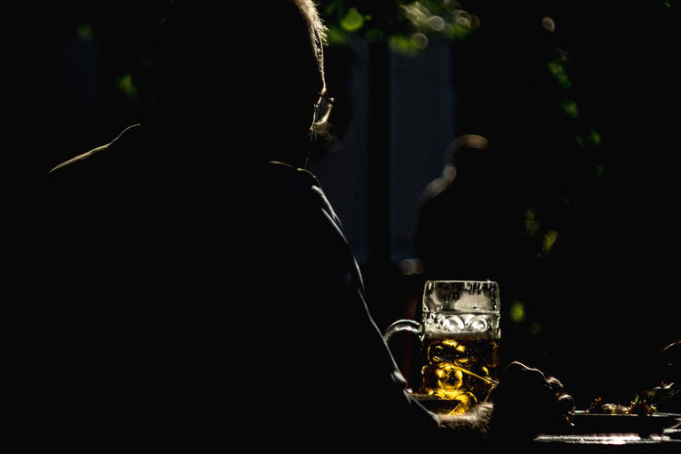 Biergarten in Mariabrunn - eine Maß Bier Ale Beer Bier Brew Pint Alcohol Beer Garden Beer Glass Beer Time Biergarten Drink Drinking Drinking Beer Drinking Glass Focus On Foreground Food And Drink Freshness Glass Lifestyles Mass Masskrug Pint Glass Rear View Silhouette Yellow