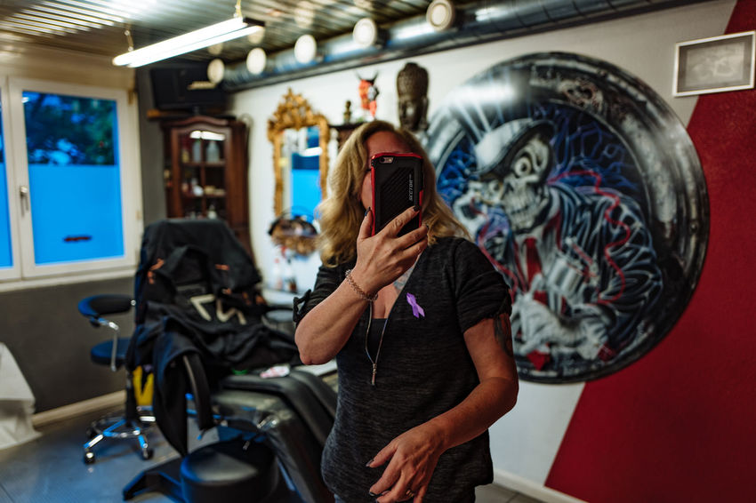 Casual Clothing Coliseum Crohns Crohnsdisease Day Enjoyment Full Length Fun Leisure Activity Lifestyles Portrait Tatoo Tattooing Worldibdday