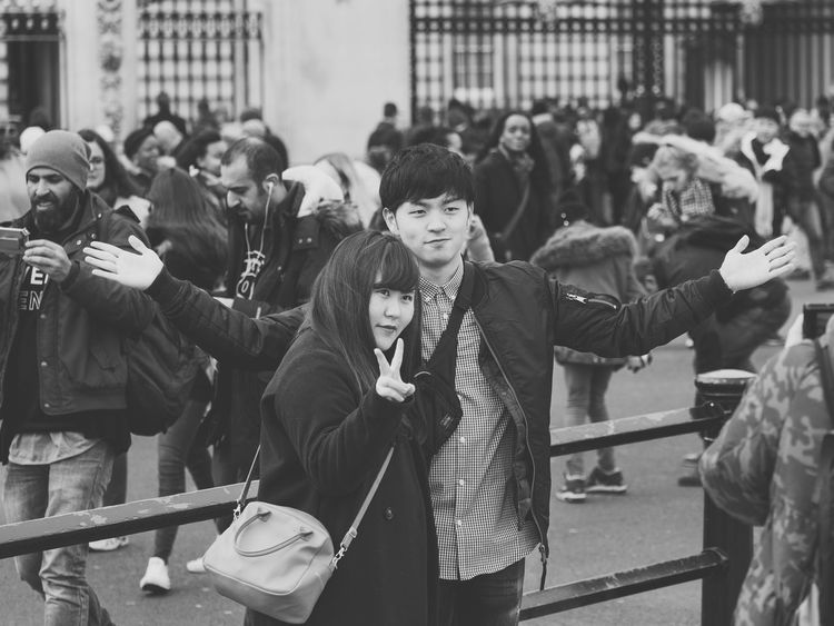 Pose Black & White Black And White Blackandwhite Blackandwhite Photography Candid Candid Photography Candid Portraits Candid Sneak Shot Candidshot City Crowd Day London LONDON❤ Men Outdoors People Pleading Real People Social Issues Street Street Photography Streetart Streetphoto_bw Streetphotography