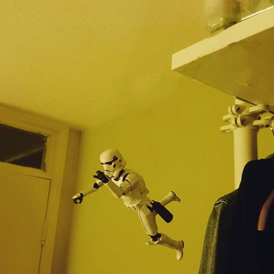 So Norman decided the best way to test the support of a new mattress was to leap from the top shelf of the clothes rail onto the bed........needless to say he still doesn't know what the mattress feels like but has intimate knowledge of the carpet. Normanthetrooper Starwarsclique Starwars Stormtrooper Toysalive Toyphotography Toysaremydrug Toyunion Toyartistry Afosw Toyslagram Toydiscovery @toydiscovery Toycrewbuddies Starwarsblackseries