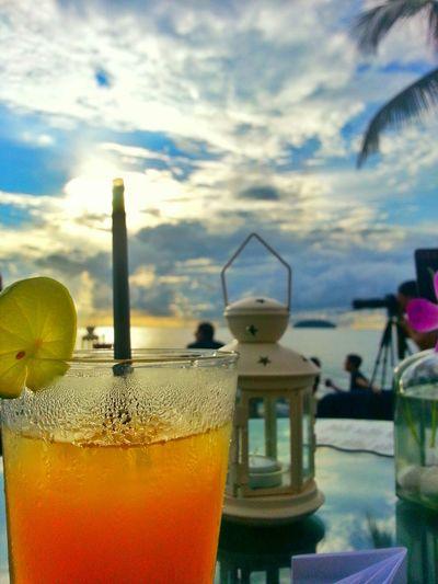 Enjoy sunset with her :) Throwback Sunsetbar Chitchat MomentOfSilence PreciousMoments Bestoftheday Iwantitsobad