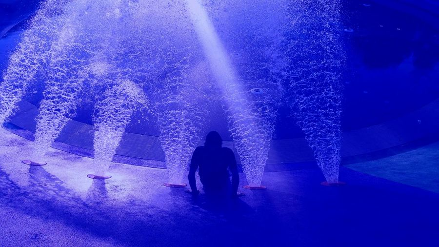 Water Fountain Underwater Under Pressure Blue Funtimes Quess