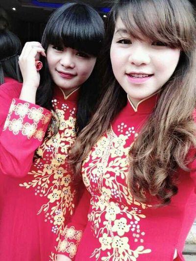 girl vietnam giản dị những vẫn xinh đẹp như hoa hiii Picnic Hugging A Tree Excercising