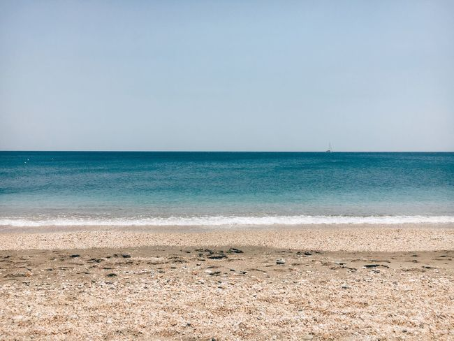 Sea Water Beach Land Horizon Over Water Scenics - Nature Sky Horizon Tranquil Scene Sand Tranquility Beauty In Nature Clear Sky Day Copy Space Nature Idyllic Outdoors No People