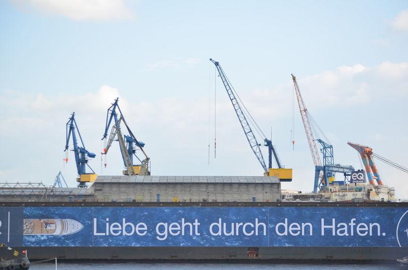 Crane - Construction Machinery No People Built Structure Building Exterior Harbor City Hafengeburtstag Hamburg Hamburg Harbour Love This City Liebe Geht Durch Den Hafen