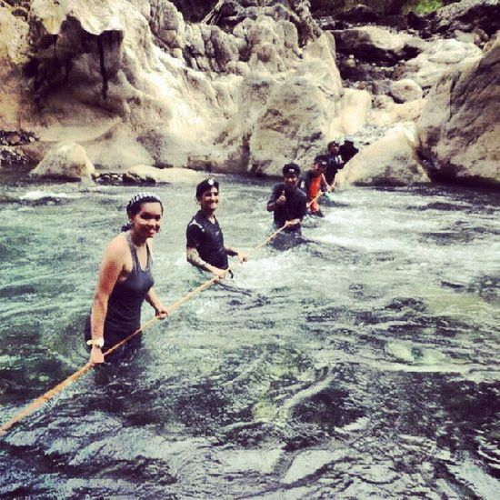 River crossing Happyfellas Rivercrossing Daraitan Rivertreking wetandwild