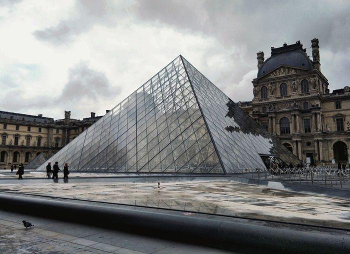 Louvre Louvre