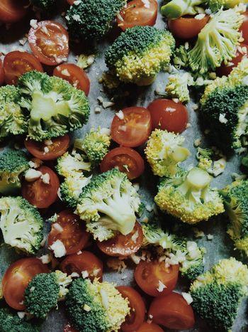 Food Vegetables Vegetarian Cherry Tomatoes Tomato Broccoli Garlic Detail