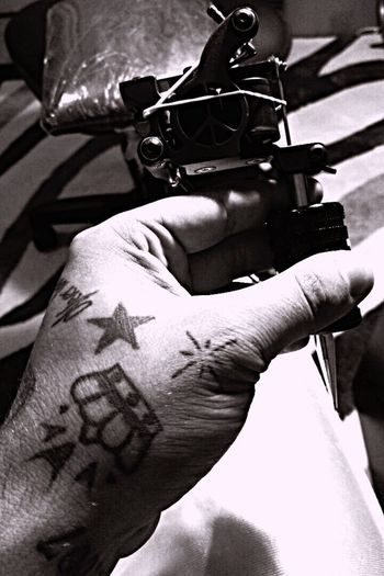 Tattoo Life Lifestyles Person Tattoo Machine Part Of Streetsyle Life Cropped Personal Perspective Hands Tattoomodels Blackandwhite Monochrome B&w