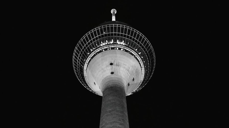 Tower Fernsehturm Düsseldorf Fernsehturm Düsseldorf Black And White Still Life No People Rheinturm Düsseldorf 🌟 Night Photography Architecture_bw