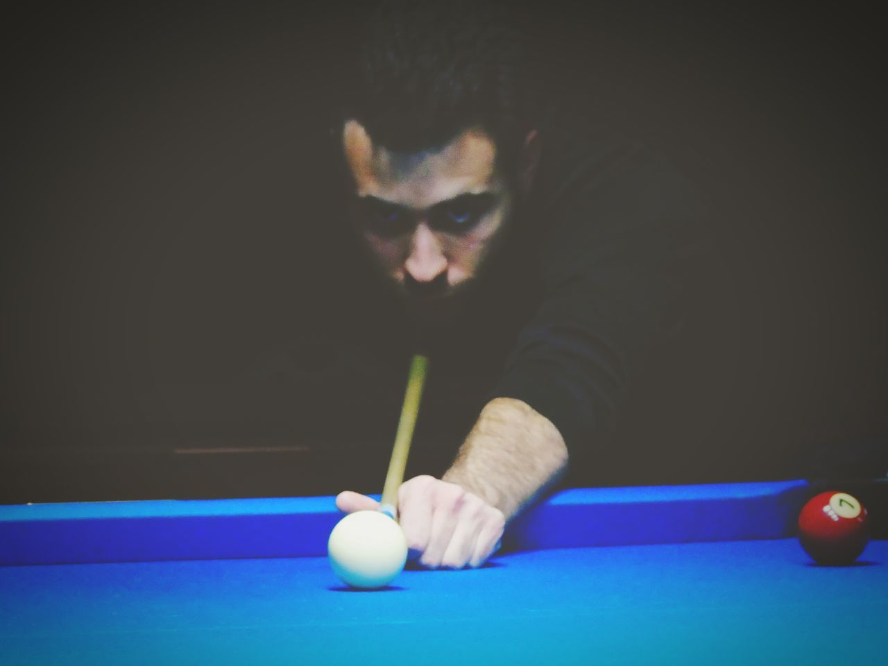 pool ball, pool - cue sport, pool table, pool cue, sport, playing, snooker, concentration, leisure activity, snooker ball, one person, table, real people, recreational pursuit, ball, young adult, competition, leisure games, indoors, lifestyles, young men, cue ball, pool hall, taking a shot - sport, competitive sport, men, human hand, snooker and pool, day, adult, people