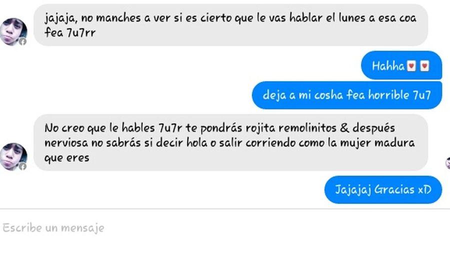 Jajaja~~ yo tambien la quiero mucho. Screenshot Graciosa BuenaConversación Hablando & Riendo No Me Quiere :(