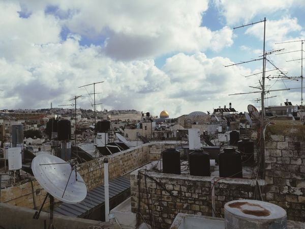 Rock Dome Felsendom Dome Of The Rock Mosque Cupola TOWNSCAPE Roof Rooftop Rooftop Rooftops Over The Roofs Sky Sky And Clouds Settlement Middle East Panoramic View Town Technology Sky Cloud - Sky Architecture Telephone Pole Telephone Line Cable Power Line  Power Cable Settlement Satellite Dish Wire