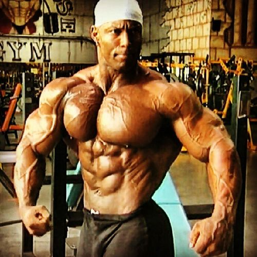 Motivation!!!!! Shawnray Olympia Halloffame Bodybuilding powerhouse gym workout training lifestyle legend posing fitness sugarray abs chest pump picoftheday motivation