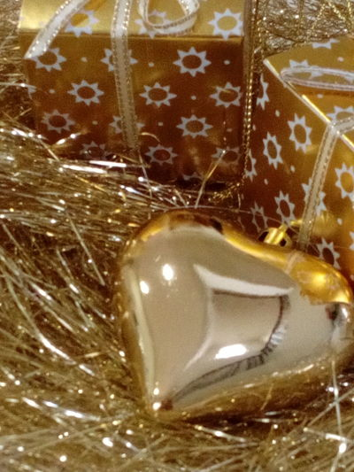 43 Golden Moments Gold Gifts Present Grass Emas Jakarta Indonesia Holiday Christmas Joy Peace Love Happiness Prosperity Color Check This Out Still Life Jakarta Indonesia