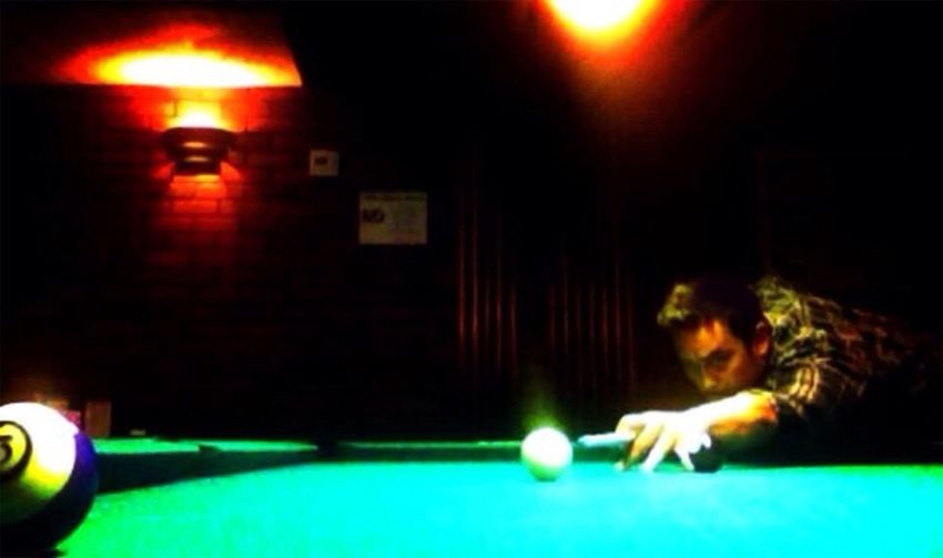 Play Billiards 9 Ball Playing Pool 8 Ball