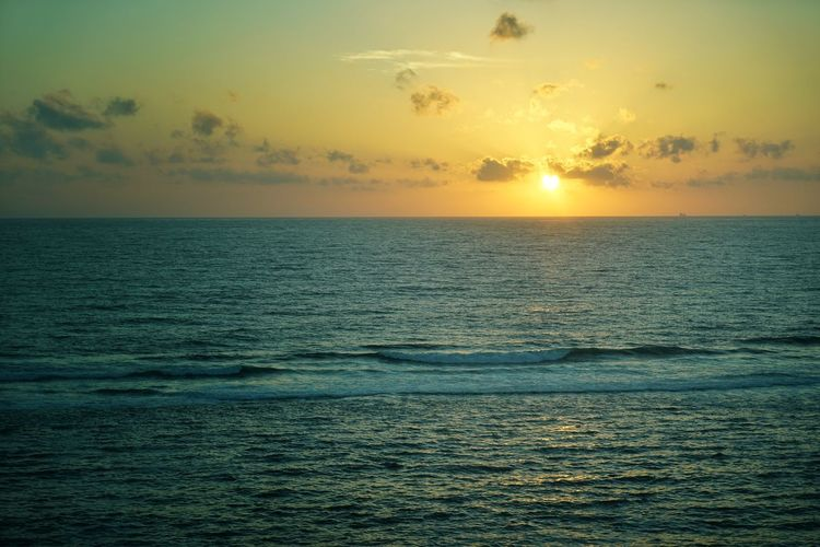 Sea Water Sky Horizon Horizon Over Water Sunset Beauty In Nature Scenics - Nature Tranquility Tranquil Scene Idyllic Cloud - Sky Nature Waterfront Sun No People Seascape Orange Color Freedom Outdoors