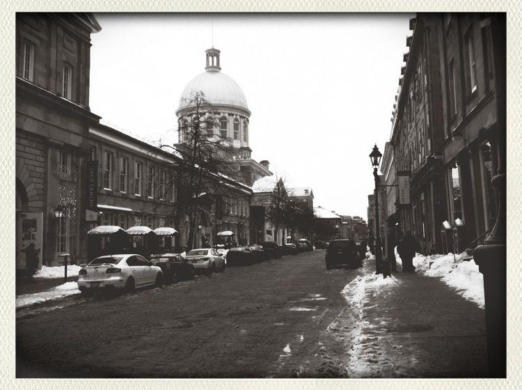 -8 Fahrenheit that day. Walking Around Blackandwhite Exploring Streetphoto_bw
