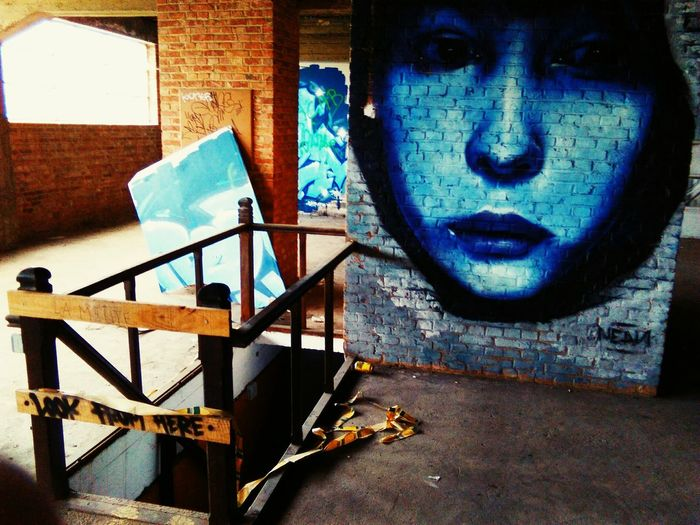 Drugs Art Is Everywhere EyeEm Diversity EyeEmNewHere Undergroundphotography High Angle View Close-up No People Business Finance And Industry Belgium♡ Day Low Section Backgrounds The Secret Spaces
