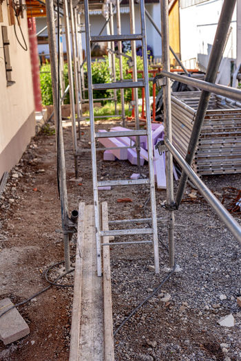Ladder standing