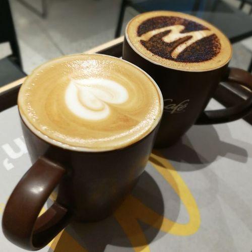 Cappuccino ☕️ Masalachailatte🍮 Bangalorecentral MacDonald 🎈👻 Bangalore Refreshment Coffee - Drink Bengaluru Freshness Photography Bengalurudiaries Mycitybengaluru😍