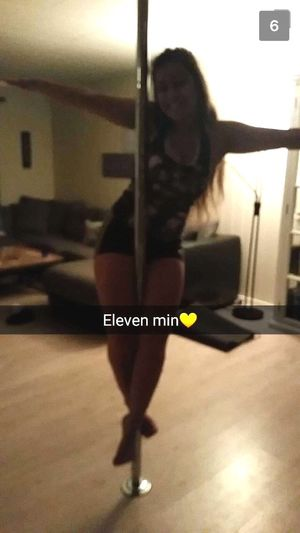 dancin poleee😋 Polefitness Pole Poledance Girl Fun November Smile Dancing Having Fun Crucifix Training