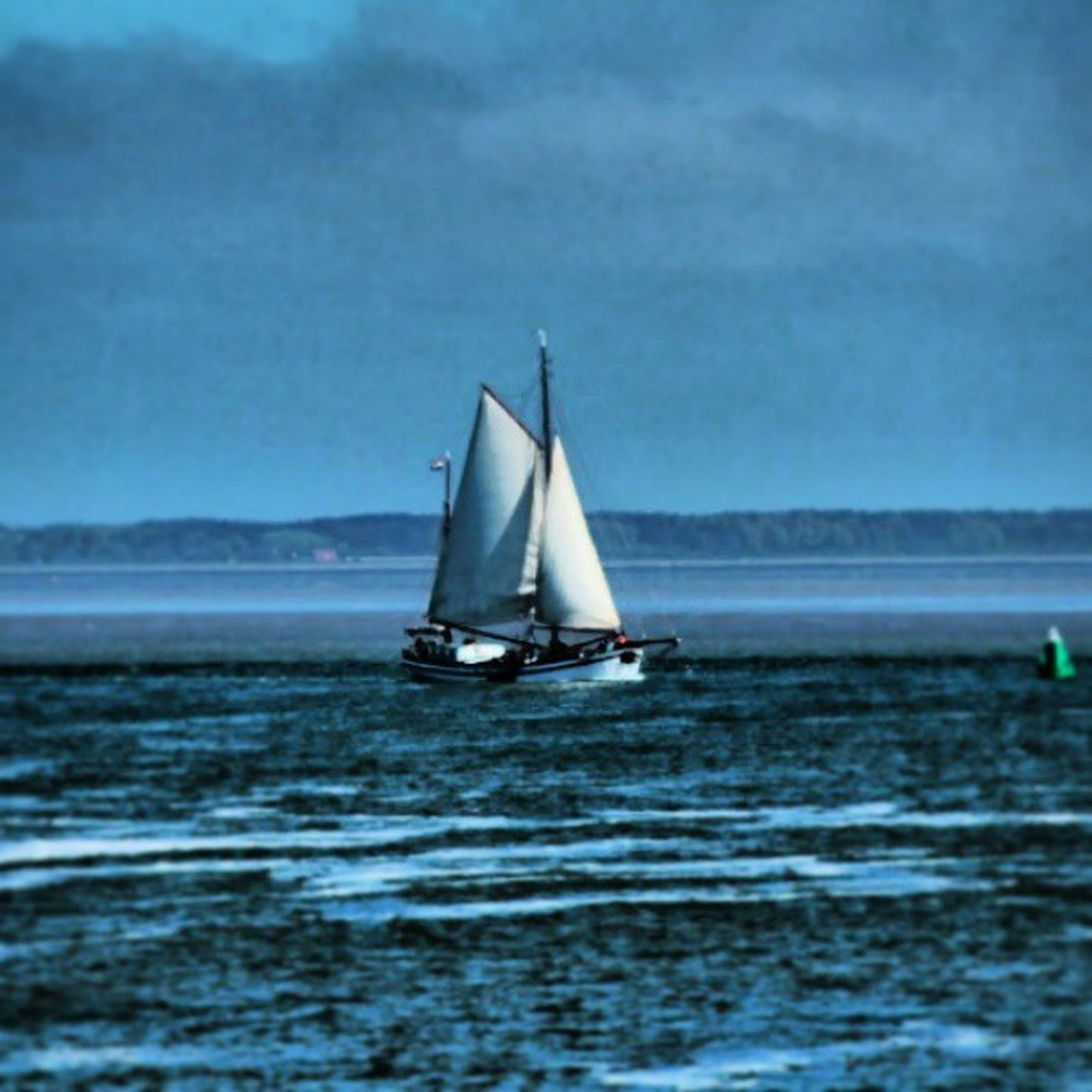 nautical vessel, water, sea, transportation, boat, mode of transport, waterfront, sky, sailing, sailboat, tranquil scene, horizon over water, tranquility, scenics, nature, rippled, beauty in nature, travel, cloud - sky, cloud