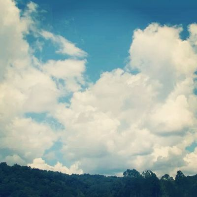 Sky_central Cloudofart_skies All_my_own Bns_sky best_skyshots countryroads fingerprintofgod featured fabskyshots igers_of_wv ipulledoverforthis jj_daily litratistadavao momentsinthesun Sunshine sky_lovers westvirginia insta_sky_lovers phototag_sky rsa_sky