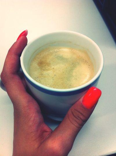 coffeetime! ich hab die beste Arbeitskollegin der Welt ❤ da komm ich ins Büro & der kaffee wartet schon auf mich :)