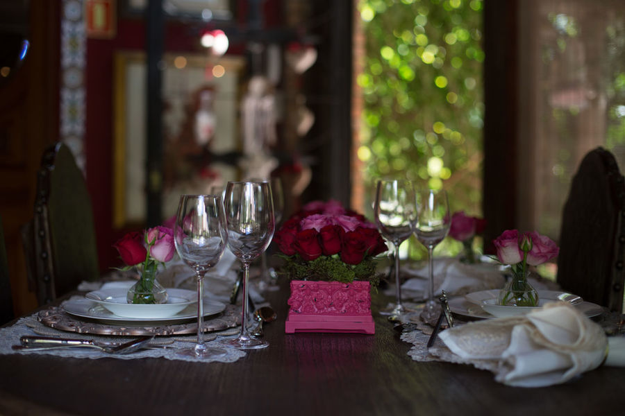 Celebration Close-up Day Drinking Glass Flower Food Indoors  Napkin No People Place Setting Plate Table Wineglass