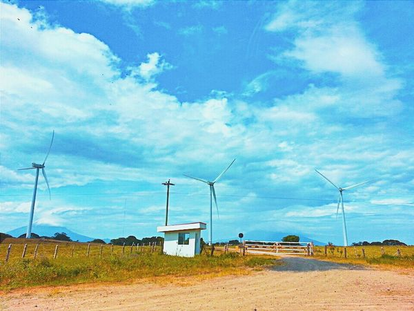 Parque Eólico Amayo en Rivas, Nicaragua. Sky Nature Nicaragua Rivas On The Road Roadtripping Green Energy Air Aire Eyem Nicaragua